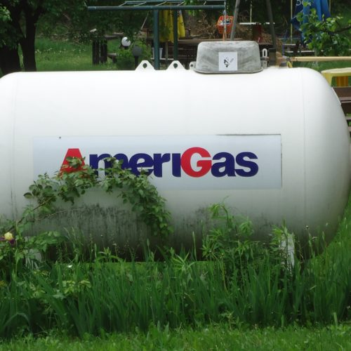 Zbiornik z gazem płynnym – koszty instalacji zbiornika i eksploatacji